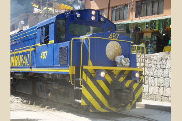The train helps us cover the distance between the Lares Trail and Machu Picchu