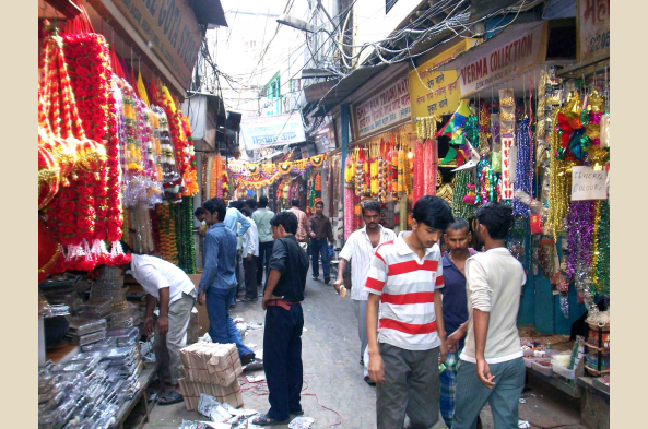 Make your way through the narrow streets of Chandni Chowk