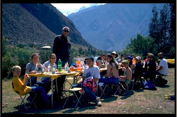 Lunch on the Urubamba