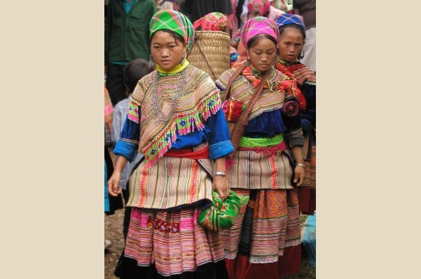 Learn about the distinctive attire of the Hmong people (photo by B. Snelson)