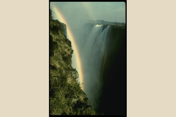 Visit Victoria Falls on an optional extension