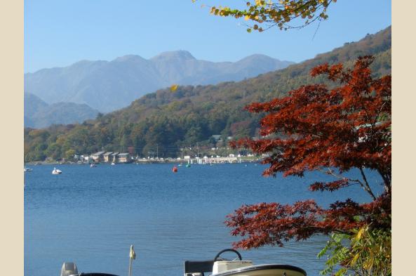 Visit picturesque Lake Kawaguchi