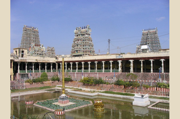Tour Meenakshi and other temples in Madurai (photo by Yashi Wong)